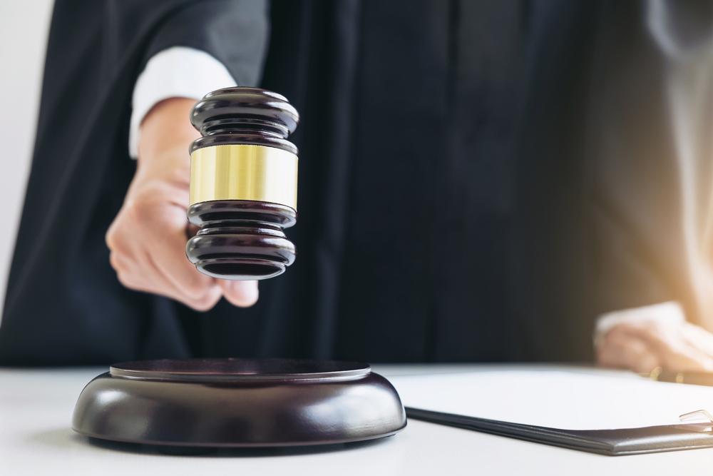 shutterstock_judge ruling